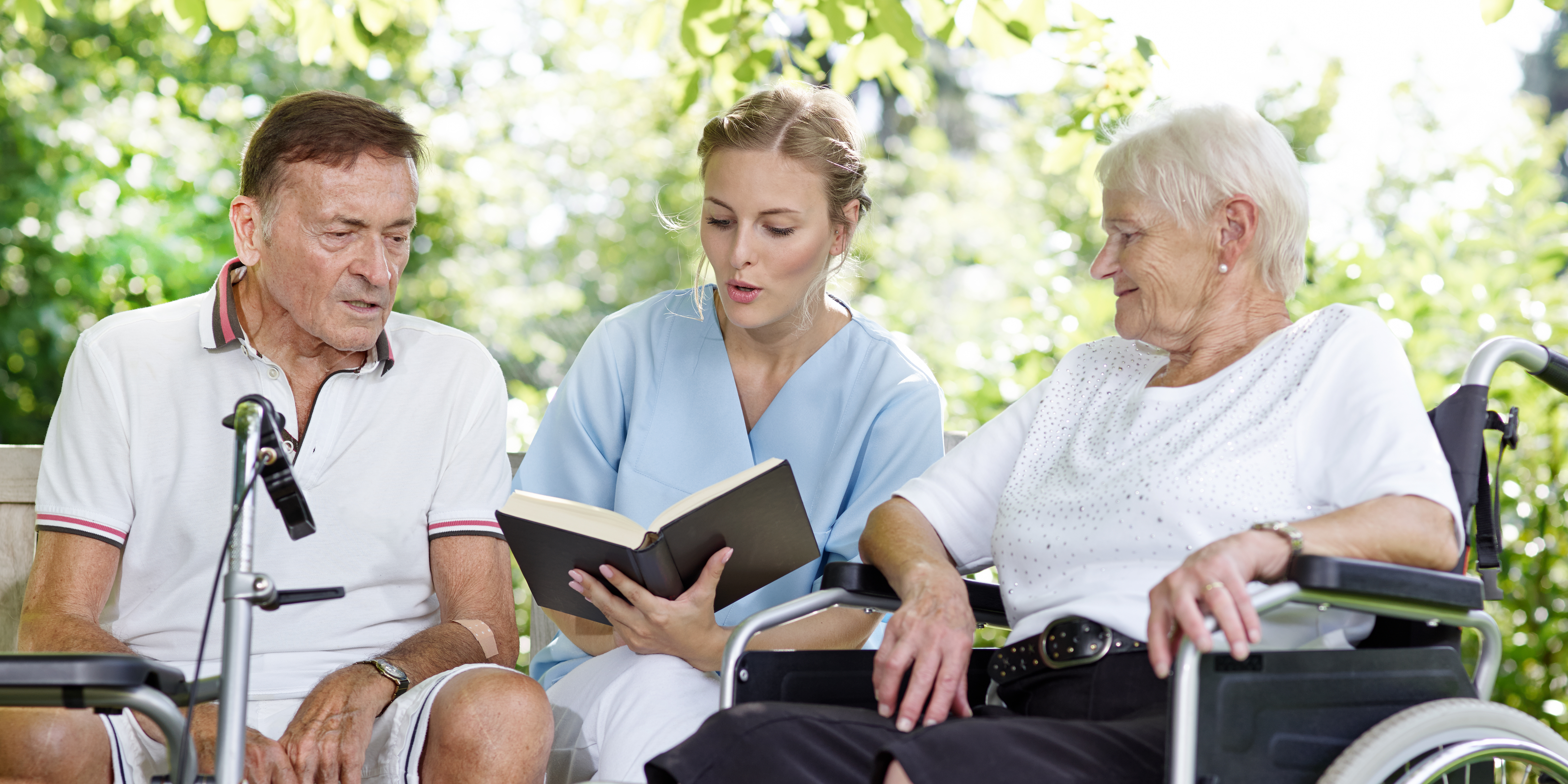 Behandlungs- und Krankenpflege